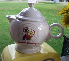 Looney Tunes Post 86 Fiesta For Warner Brothers Tweety & Silvester Teapot - $64.35