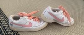 Nike Women's Air Force Twenty20 Shoes Size 6.5 White Pink Swoosh Basketball - $28.04