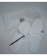 St Regis White Cushioned Slippers with Bag and St Regis Black Pen  - $14.38 CAD