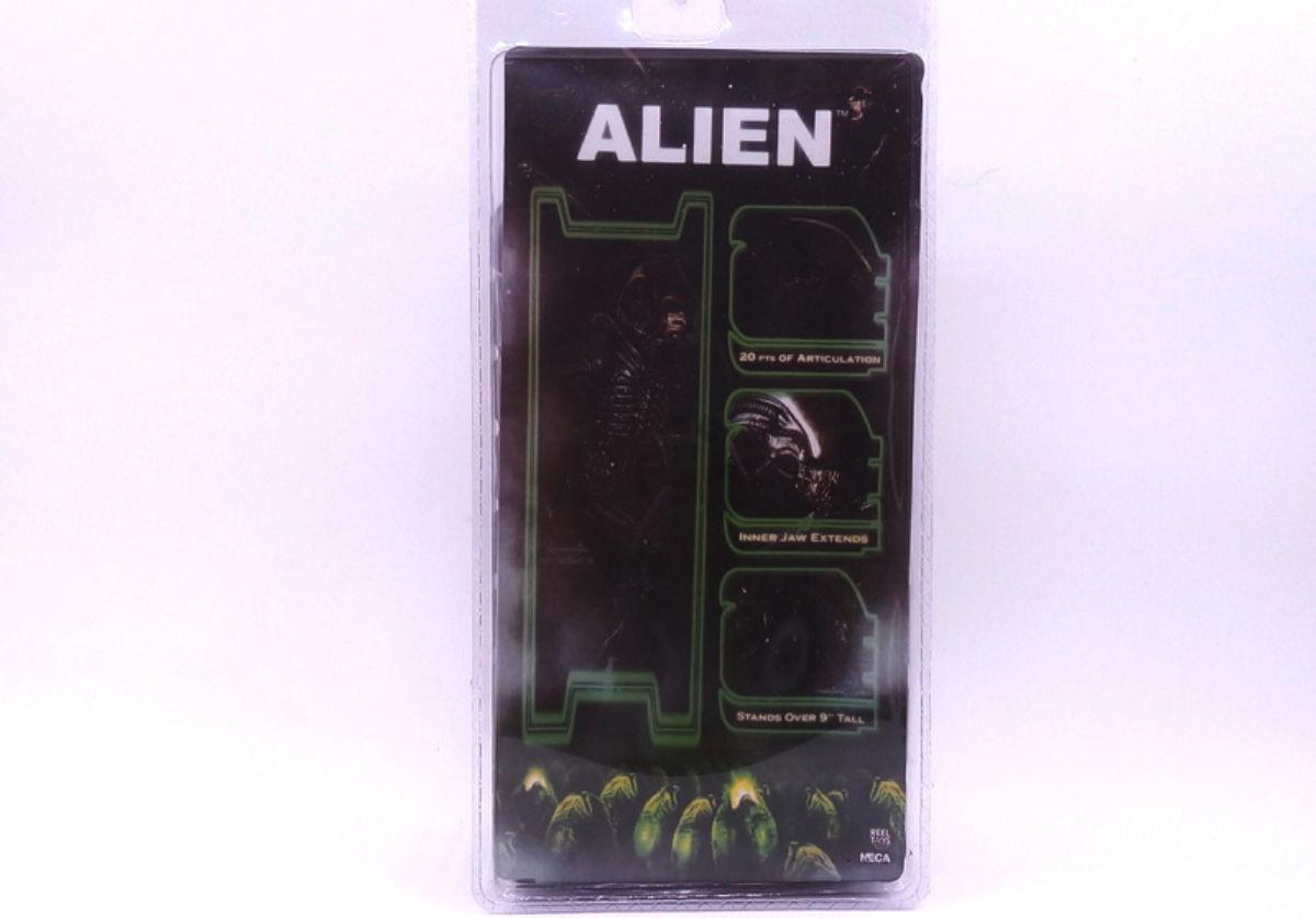 9' inch NECA ALIEN 1979 CLASSIC ALIENS MOVIE action figure