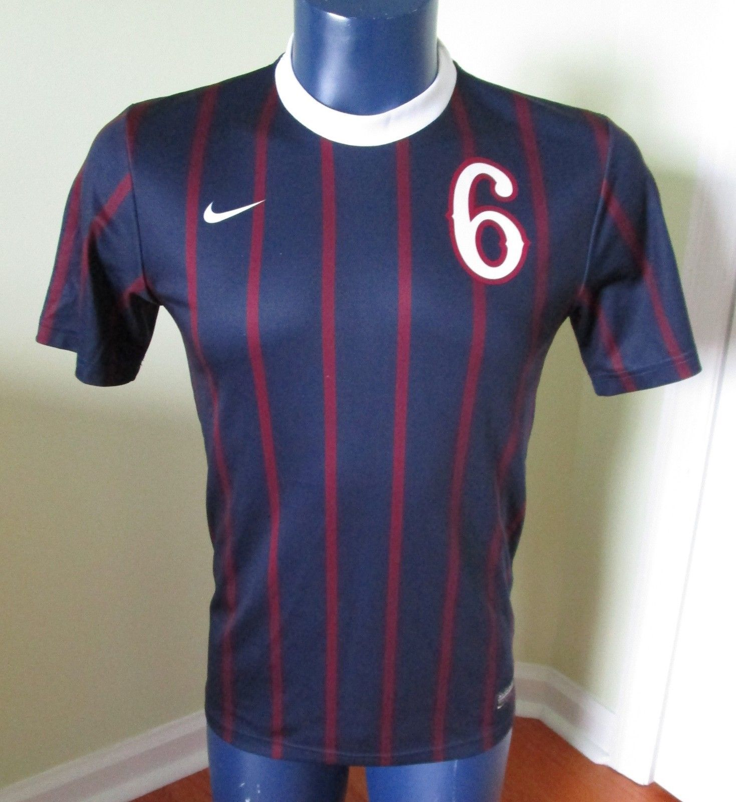 645d98ab0 Authentic NIke Soccer Jersey Phoenix 6 SIZE and 50 similar items