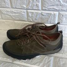 NWOT Merrell move Kangaroo hiking sneakers - $64.35