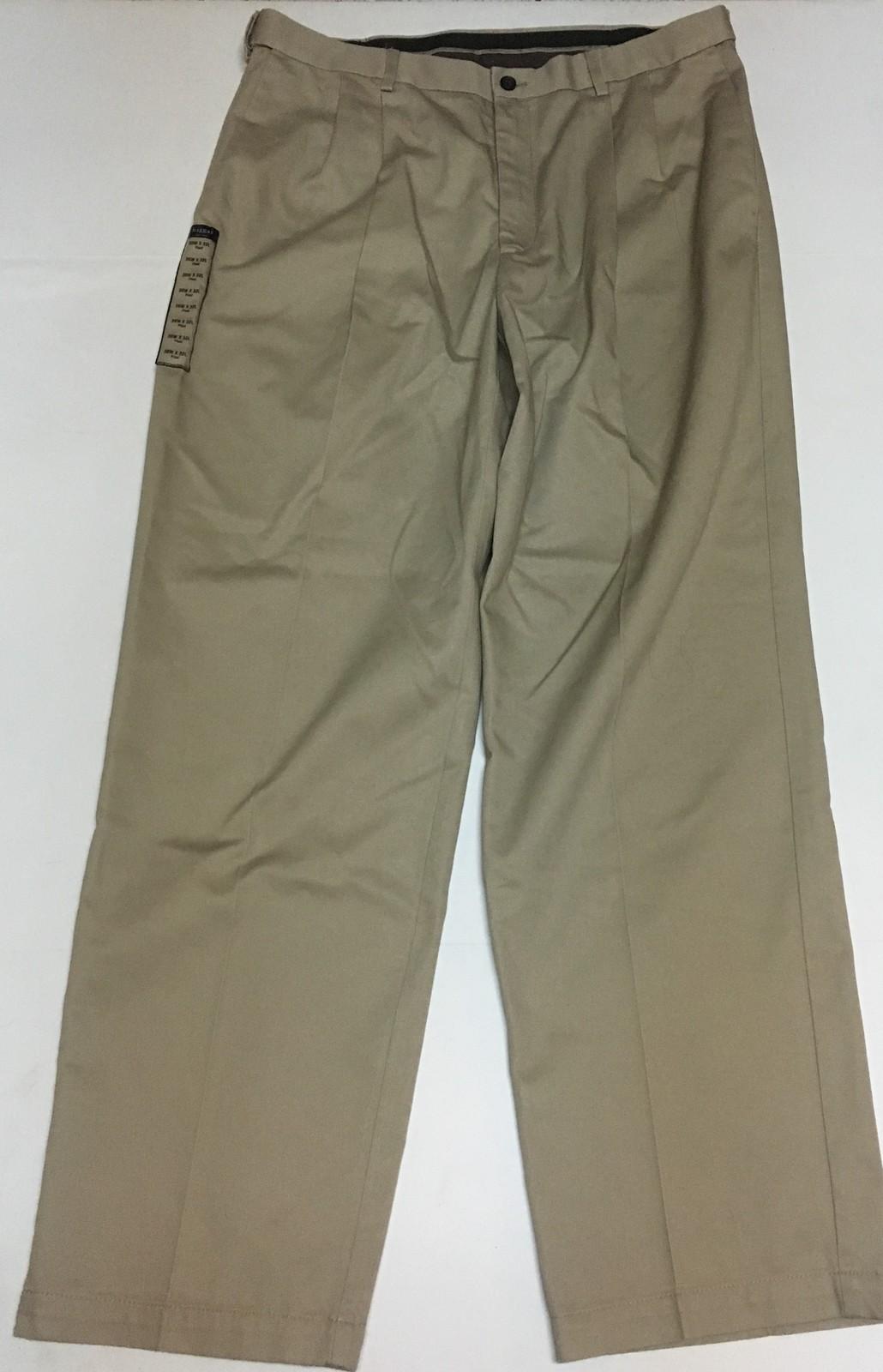 Haggar Men's Classic Fit Khaki Beige Pants No Iron W2W 36 x 32 NWT