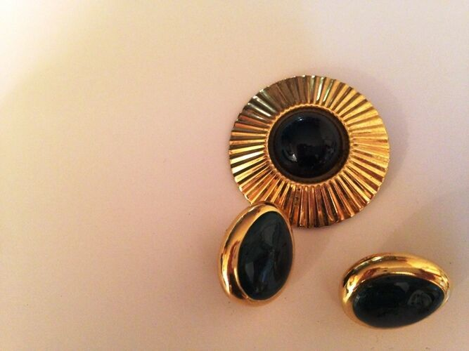 Vintage green and gold clip On Earrings with button clip
