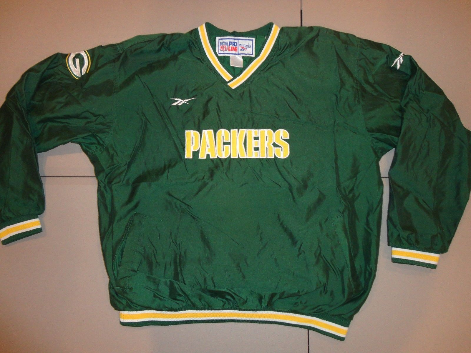 Primary image for SEWN Green Bay Packers Reebok Proline V neck Pullover NFL Football Jacket Men XL