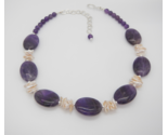Amethyst and Pearl Collar Necklace, Purple Gemstones, White Keishi Pearls - €58,04 EUR