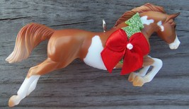 Custom Made Stablemate Chestnut Paint Pinto Jumper Horse Christmas Ornam... - $18.00