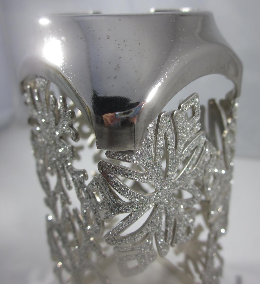 Bath & Body Works Gentle Foaming Hand Soap Sleeve Holder Glitter Snowflakes image 4