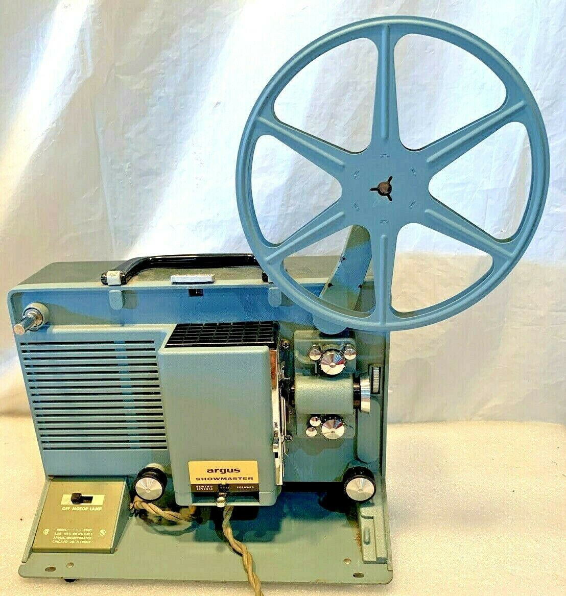 Primary image for Vintage Argus Showmaster S-500 Movie Projector Reel Built In Case CLEAN