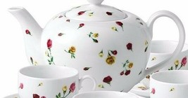 Teapot & Lid in Country Rose Buds by Royal Albert NEW 4 CUP - $64.34