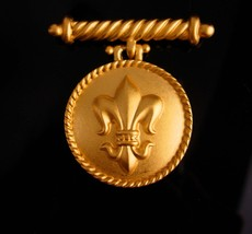 Vintage Fleur de lis locket - gold bar brooch - keepsake gift -  Victori... - $110.00