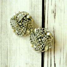 vintage Lisner silver flower clip earrings - $7.91
