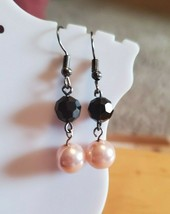 Pink Black Plastic Bead Dangle Hook Earrings Tony Alexander Jewelry Artisan Cute - $9.90