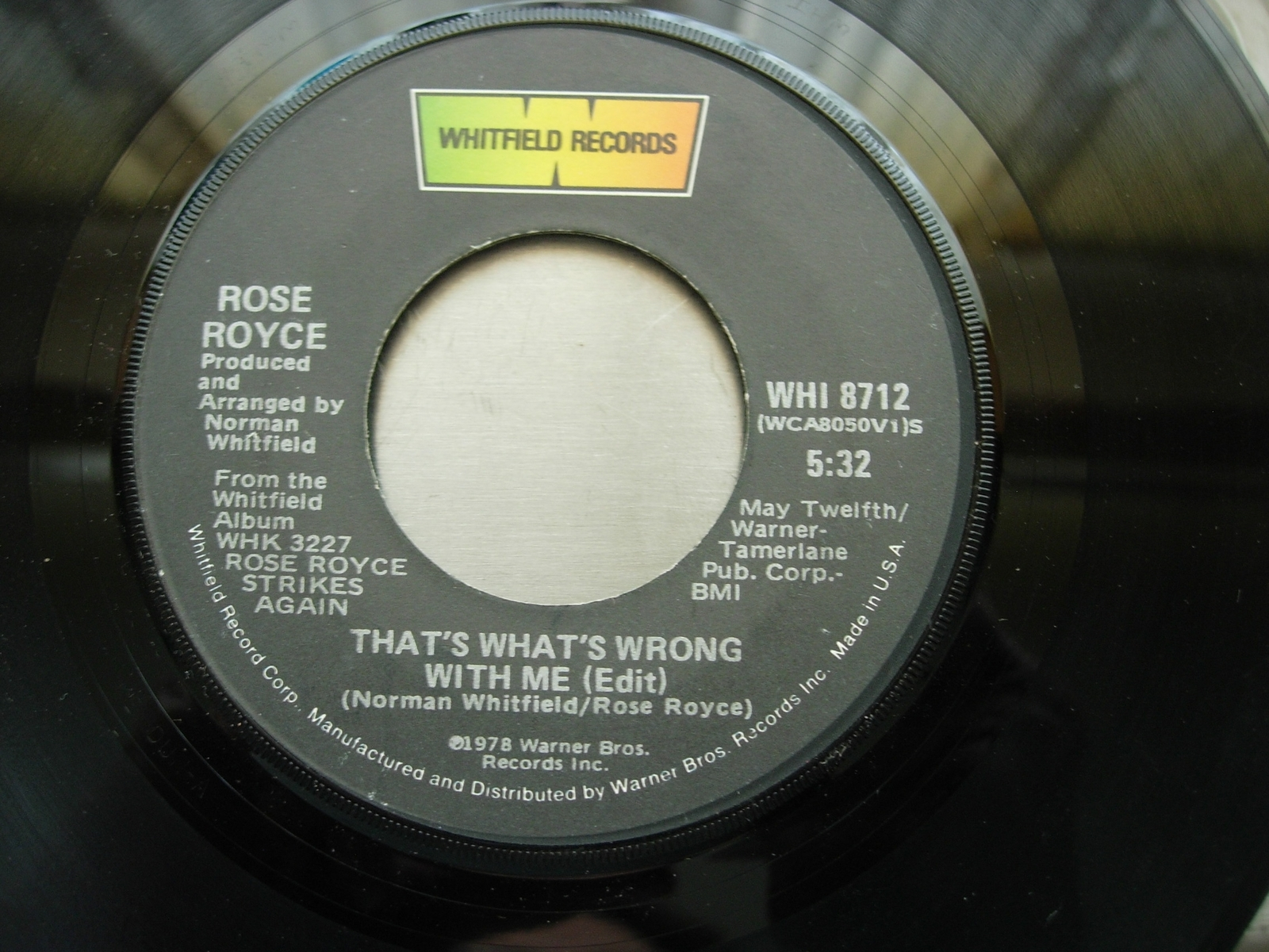Rose Royce - Love Don't Live Here Anymore / That's What Wrong With Me - WHI 8712