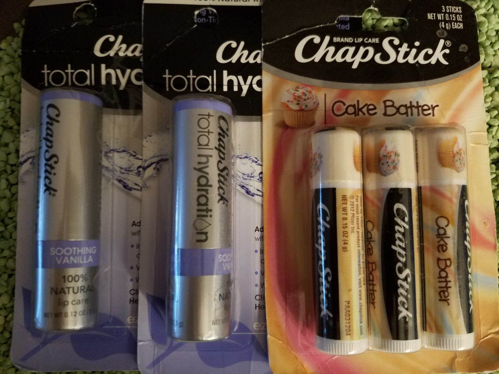 LIMITED EDITION CHAPSTICK CAKE BATTER+Original+HELLO KITTY BALM+37 TOTAL *READ*