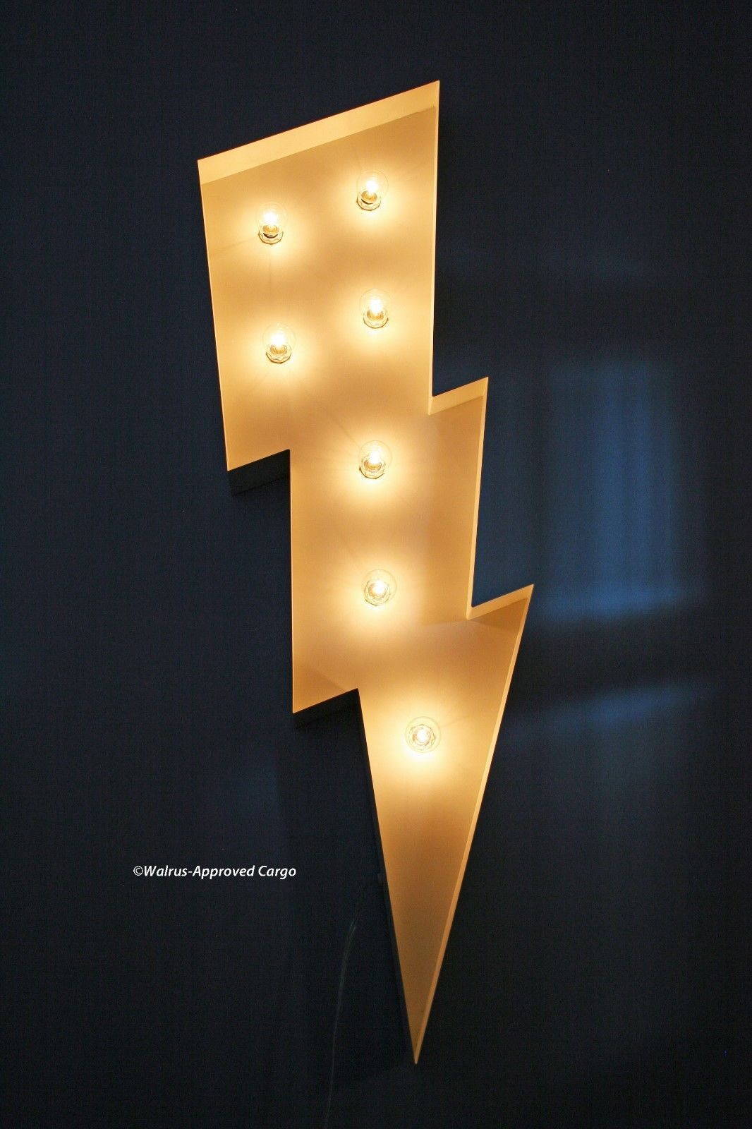 POTTERY BARN MARQUEE LIGHTNING BOLT -NIB- NOW UNIQUE DÉCOR CAN STRIKE ANY ROOM!