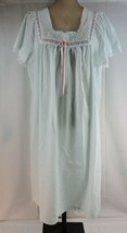 Vintage 70's Light GREEN Nightgown by Carole PAPER THIN & SOFT Perfect C... - $21.85