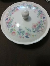 "Wedgwood Bone China ""Angela"" Round  Powder Bowl /Trinket Box 5.5 inch Preowned. - $14.03"