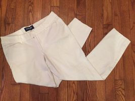 Old Navy 8 Pants Brilliant White Cropped Capris Cotton Stretch - $11.99