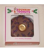 Dunkin Donuts Christmas Chocolate Donut Glass Ornament - $177,94 MXN