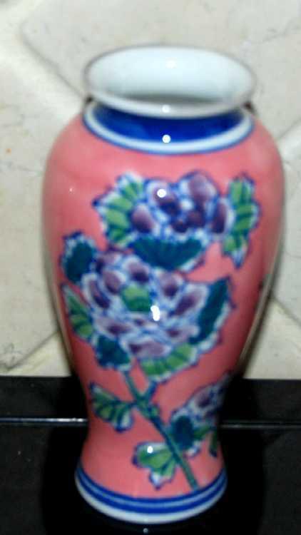 Dsc 2374 pink blue vase 1