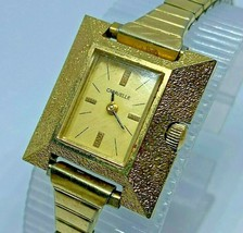 葡萄酒Caravelle-Bulova Lady Golden Tradangle手风机械手表 -  $ 17.09