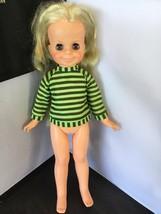 Vintage 1970s Ideal Crissy's Cousin Velvet Doll Fully Working K04 - $9.89