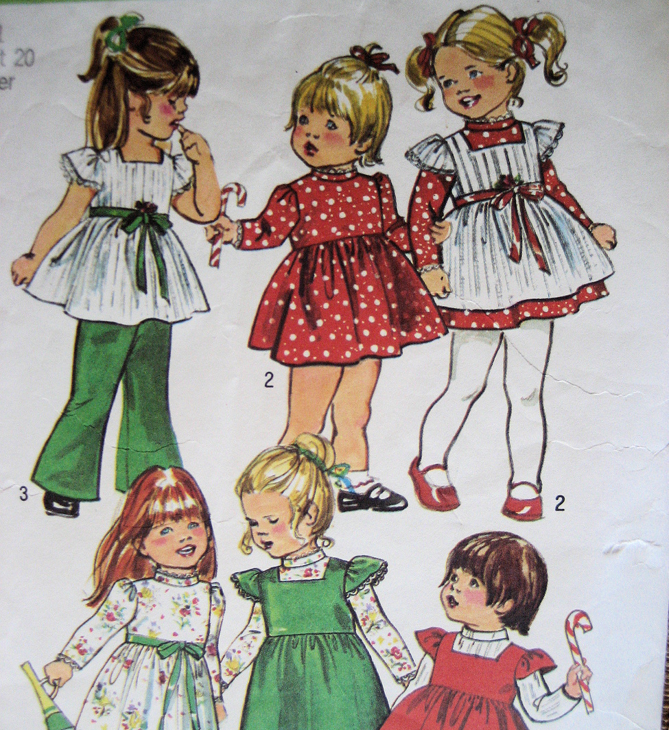 Simplicity 5993 Vintage70s Pattern Toddler DressBell Bottoms Pintafore Used