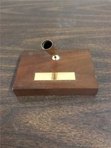 Sheaffer Fountain Pen Holder Gold Tone On Wooden Base With Engravable Nameplate - $19.99