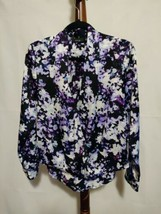 Apt 9 women size S top purple floral print LS v-neck snaps in front high... - $15.76