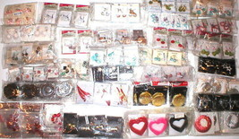 WHOLESALE LOT 800 PAIRS EARRINGS COSTUME JEWELR... - $196.01