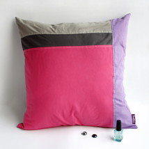 [Pink Lady] Knitted Fabric Pillow Cushion - $23.99