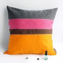 [Vivid Day] Knitted Fabric Pillow Cushion - $23.99