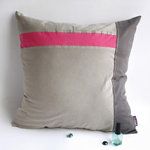 [Gray Demon] Knitted Fabric Pillow Cushion - £19.09 GBP