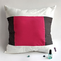 [Sweet Lovers] Knitted Fabric Pillow Cushion - $23.99