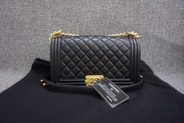AUTHENTIC NEW CHANEL 2018 BLACK QUILTED LAMBSKIN MEDIUM BOY FLAP BAG GHW - $5,399.99