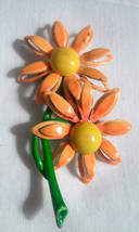 Vintage Flower Power Dimensional Petals Orange Yellow Daisy Pin Brooch - €5,98 EUR
