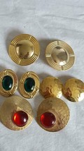 4 PAIRS VTG  GOLDTONE TIN STUD EARRINGS, ACRYLIC RUBY EMERALD, FACETED, ... - $4.94