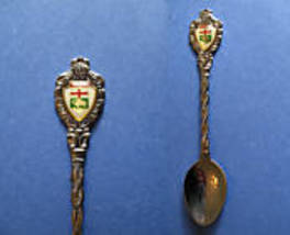 MANITOBA Souvenir Collector Spoon Collectible BISON BUFFALO Emblem Shield - $4.95