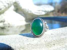 Sterling Silver Oval Green Cabachon Aventurine Beaded Ring, Size 5.5 - $54.45