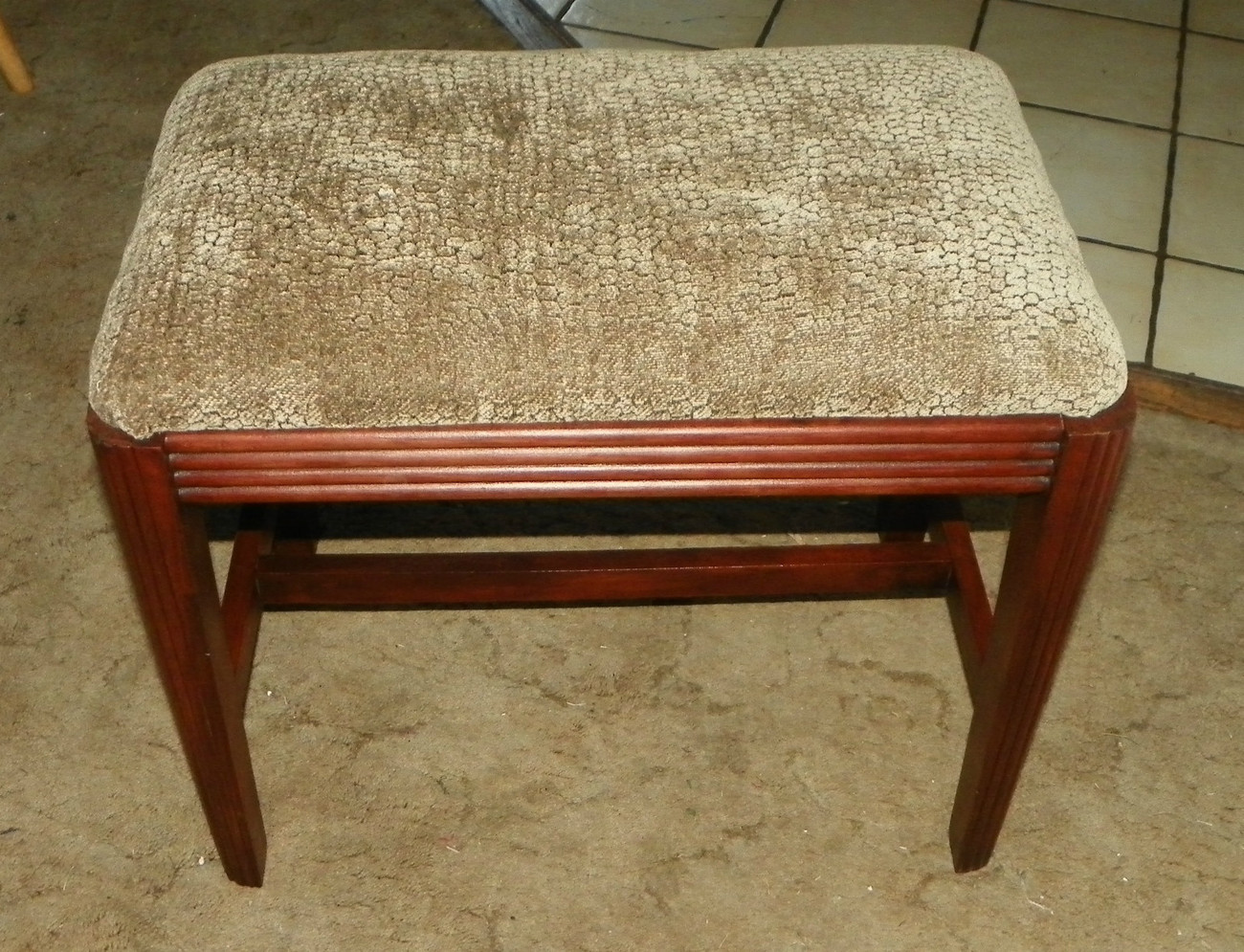 Primary image for Fluted Mahogany Taupe Chenille Print Vanity Bench   (JLC-BN87)