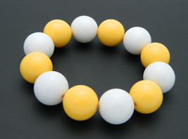 Yellow White Acrylic Round Ball Stretch Bracelet Fashion Retro Vintage - $19.79
