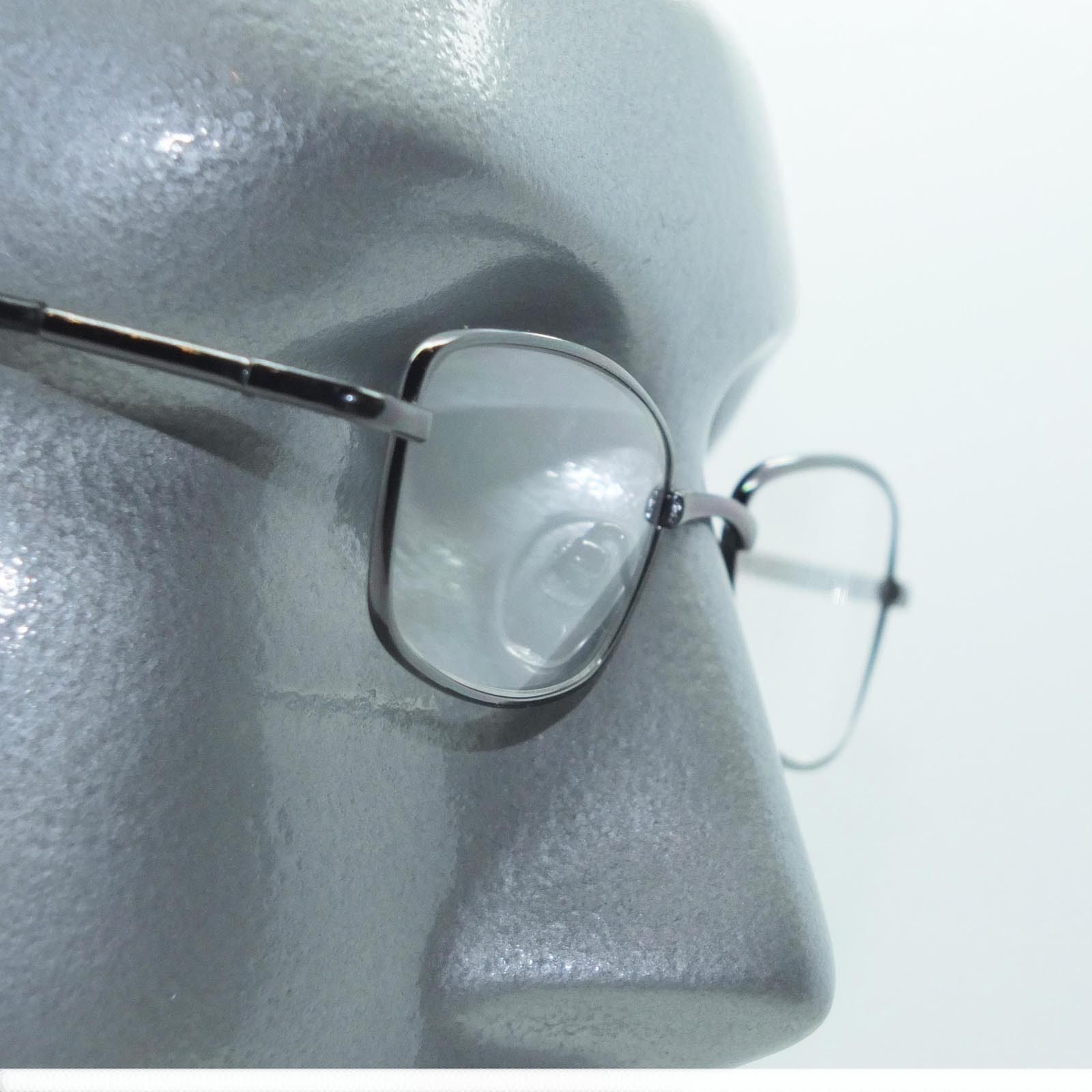 Primary image for Narrow Rectangle Reading Glasses Metal Gray Frame Springe Hinge +1.50 Lens