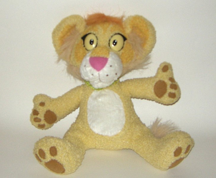 1/2 off! Between the Lions Leona Plush Talking Lion