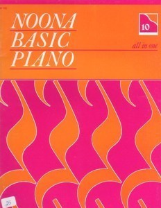 Noona Basic Piano All In One Book 10 (Level 4)