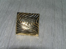 Vintage Cut Out Swirls in Square Goldtone Scarf Clip – 1 inch in diameter – - $9.49