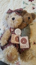 Retired Boyd's Bear's Momma Mcnew With Hugsley~ - $24.74