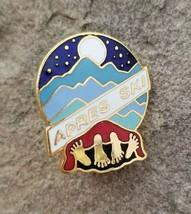 APRES SKI Vintage Souvenir Novelty Party Ski Snowboard Lapel Hat Pin Hum... - $9.99