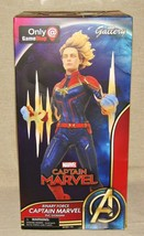 Captain Marvel Binary Power Statue Diamond Select Gallery Gamestop Exclusive NEW - $39.98