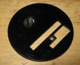 Singer 127-3 & 4 Sewing Machine Throat Plate #36060 & Feed Dog Part # 8321 - $10.00